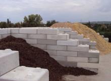 Mångsidig lösning med vuxenlego i betong