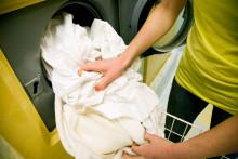 Rensa städskåpet - såpa och diskmedel räcker långt!
