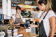 Europeanen sluiten nieuwe betaalmethodes in de armen: goed nieuws voor mobiele betalingen