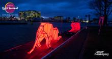 Digital Origami Tigers - två jättelika tigrar mitt på Holmentorget