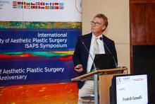 Laglös plastikkirurgi katastrofal för patientsäkerheten