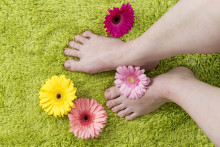 Diabetesta sairastavien jalkojen tutkiminen unohtuu liian helposti terveydenhuollossa – vain puolet tutkitaan