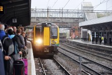 London Midland announces travel plans for May Day bank holiday