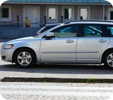 Så mycket kostar det att försäkra en Volvo och en Audi i Göteborg