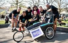 Milka tým běžel pro charitu