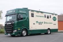 Scania R 450 als First Class Pferdetransporter