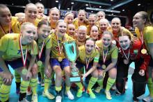VM-guld till U19-damlandslaget - styrkeuppvisning i finalen mot Finland
