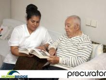 Procurator skänker sjukvårdsmaterial till behövande vårdinrättningar