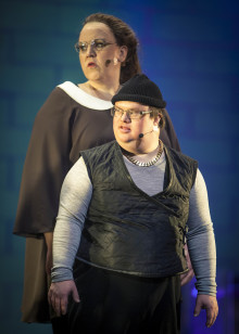 """Glada Hudik-teaterns nya musikal """"Trollkarlen från Oz"""", går in etta på topplistan för samlingsalbum"""