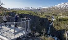 Neue Sightseeing-Architektur für norwegisches Wasserfall-Spektakel