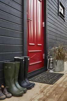 Inwidos dörrvarumärke Diplomat breddar sitt sortiment mot projektmarknaden