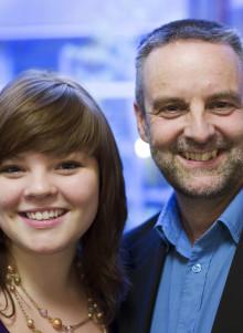 Omvänt mentorskap ger ungdomliga impulser