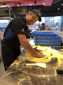 Domino's Pizza storsatsar i Sverige – ska öppna 100 nya restauranger