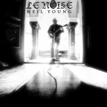 Neil Young plockar upp gitarren och släpper nya studioalbumet Le Noise den 29 september.