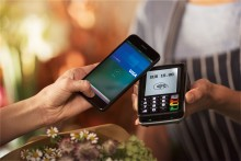 I titolari Visa in Italia ora possono utilizzare Apple Pay