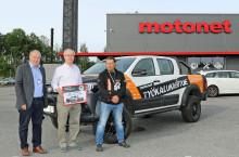 Motonet luovutti työkalukiertueen arvontavoittajalle Truckmasters OX -kevytkuorma-auton