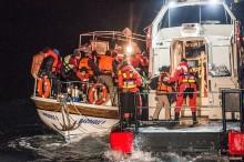 Här är sjöräddarna som räddar liv på Medelhavet i jul