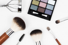 Makeupexpertens bästa råd för personer med rosacea
