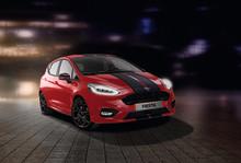 Nový Ford Fiesta ST-Line Red Edition a Black Edition přijíždí v nepřehlédnutelně kontrastních barevných kombinacích