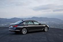 HELT NYA BMW 7-SERIEN – KÖRGLÄDJE, ELEGANS OCH KOMFORT I EN KLASS FÖR SIG.