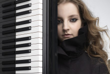 Den hyllade pianisten Lise de la Salle till Vara