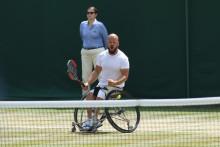 Stefan Olsson klar för final i Wimbledon efter kross