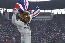 Epson dan Mercedes-AMG Petronas Motorsport Bersama Merayakan Gelar Juara Dunia Ketiga Berturut-turut sebagai Mitra