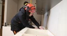 """Fler kvinnor i byggbranschen: """"Är inte jättestark men jag klarar av yrket ändå"""""""