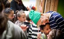 Vi säger – Välkommen till Sverige till alla barn på flykt!