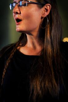Kurbits-ReBoot - svensk folksång i ny scenisk gestaltning