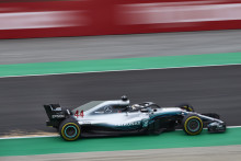 Epson Congratulates the Mercedes-AMG Petronas Motorsport Team