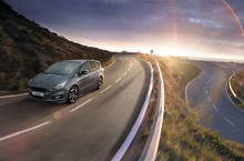 Ford presenterar nya S-MAX ST-Line Stealth Edition – den sportiga familjebilen