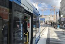 Ta spårvagnen till nya hållplatsen T-Centralen