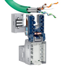 Schneider Electric siger farvel til 'krokodille-konnektoren'