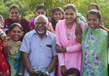 Barn i Huddinge möter indisk hjälte som kämpar mot barnäktenskap