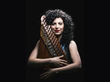 """Maya Youssef – mästare på qanun – med """"Syrian Dreams"""" – en personlig resa på Palladium Malmö 22 november"""