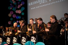 Tedans: ​Blue Heaven Big Band