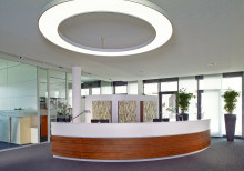 Hund Möbelwerke realisiert Management der Verkaufsunterlagen mit dem bpi Publisher