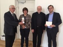 Kardinal Arborelius överlämnade hälsning inför Jom Kippur till judiska församlingen i Stockholm