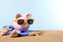 6 av 10 svenskar betalar resan med sparpengar