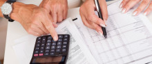 Sitter du med skattemeldingen? Sjekk bilpriser - listepris som ny