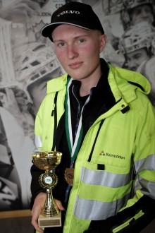 Felix Lindström från Luleå vann den första kvaltävlingen till Yrkes-SM för unga yrkesförare