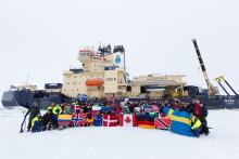Isbrytaren Oden har nått Nordpolen