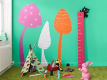 När barnen får bestämma: Ny skoltavelfärg – och så färg uppåt väggarna!