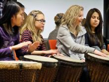 Hela Segevångsskolan slår på trummor – inte på varann!