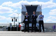 Nu rullar den självkörande lastbilen på allmän väg