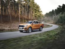 Ford Ranger, nejprodávanější pick-up v Evropě, se představuje v ještě výkonnějším, úspornějším a inteligentnějším provedení