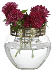 Ta vara på trädgårdens blommor med vas Valerie