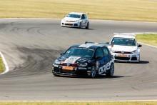 Sachsensring nästa race för Simon Larsson i helgen, Volkswagen Golf CUP