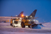 Swedavia Swedish Airports presents the world's first biogas-fueled snow sweeper